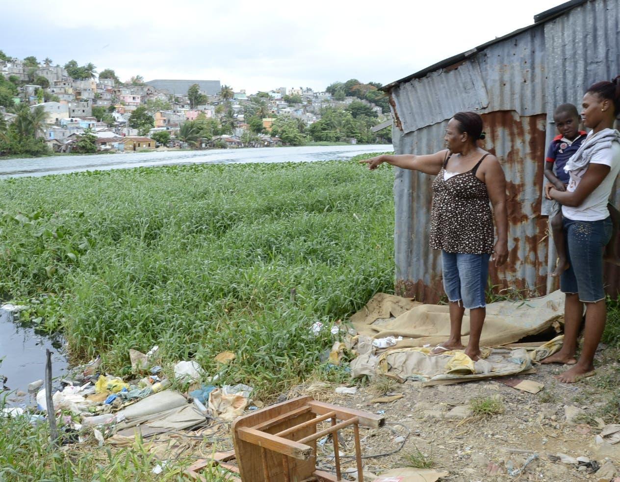 El 51 % de las mujeres son las cabezas de familias en los sectores que forman  el   Domingo Savio.
