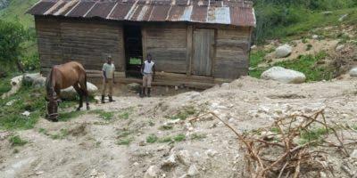 La pobreza es un denominador común para haitianos y dominicanos residentes en poblados limítrofes.