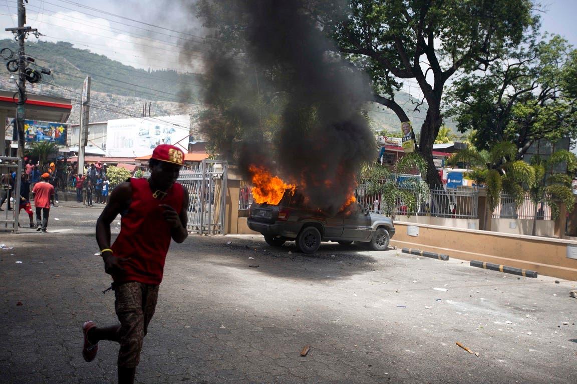 11. Las protestas contra el aumento en los combustibles se extendieron por todo el país.