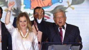 Beatriz Gutiérrez Müller será la primera esposa de un presidente de México con estudios de doctorado.