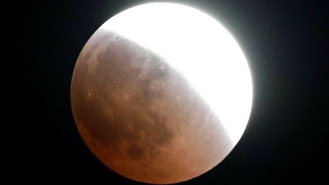 Los habitantes de El Cairo, Egipto, tuvieron una vista privilegiada del eclipse.