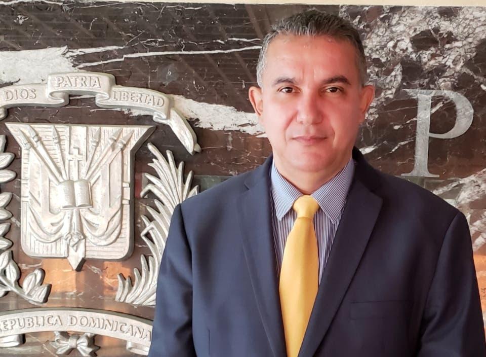 Fernando Quezada García.