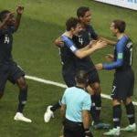 Los jugadores de la selección de Francia festejan. AP