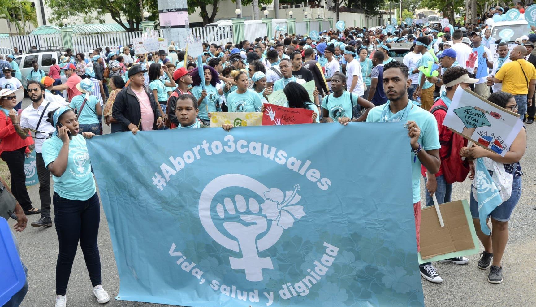 Miles de personas exigen la despenalización del aborto en 3 causales