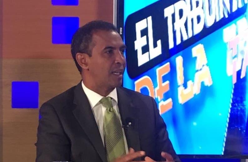 Contreras consideró que el principal factor de esa situación de la basura es el modelo en el que se ha basado el manejo de los residuos en la República Dominicana, un modelo de usar y tirar.