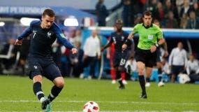 Antoine Griezmann al ataque en el minuto 51.