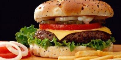 El gran desafío es hacer que la carne artificial tenga la apariencia, el olor y el sabor que la carne verdadera.
