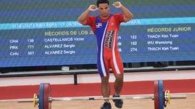 El dominicano Luis García obtuvo medalla de plata en la prueba del envión de la categoría de 56 kilogramos de los Juegos de Barranquilla al alzar 153 kg.  Antes había conquistado oro en arranque.