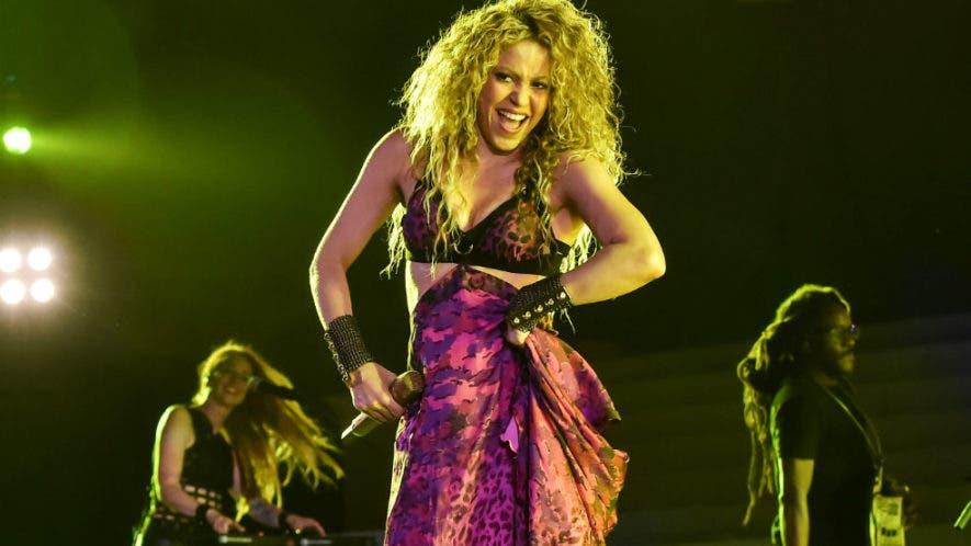Shakira encumbró este jueves la inauguración de los XXIII Juegos Centroamericanos y del Caribe con una vibrante presentación en el estadio Metropolitano Roberto Meléndez.