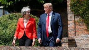 """Donald Trump recriminó a la primera ministra británica, Theresa May,  su estrategia de """"brexit""""."""