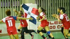 La selección dominicana de balonmano celebra victoria al obtener oro  en Juegos Centroamericanos.