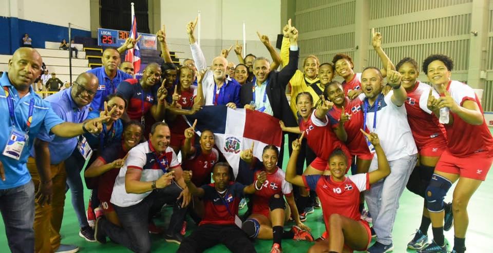 Equipos femeninos de voleibol y balonmano dominicanos ganan oro en Juegos centroamericanos