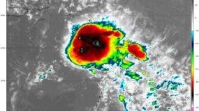 Remanentes de Beryl sobre el noreste del Mar Caribe, moviéndose hacia el oeste/noroeste a 43kph. Foto: @GloriaCeballos7