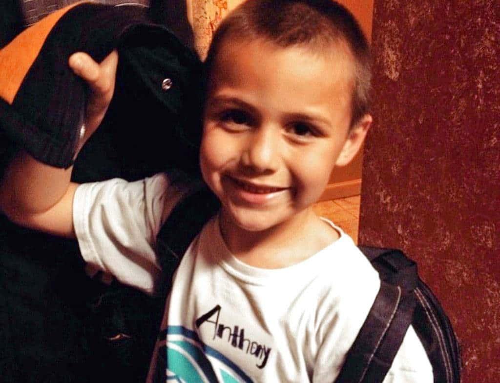 Muere niño de 10 años que fue torturado por sus hermanos durante varios días