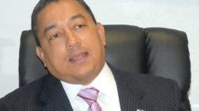 Alejandro Herrera,  director de aeronáutica.