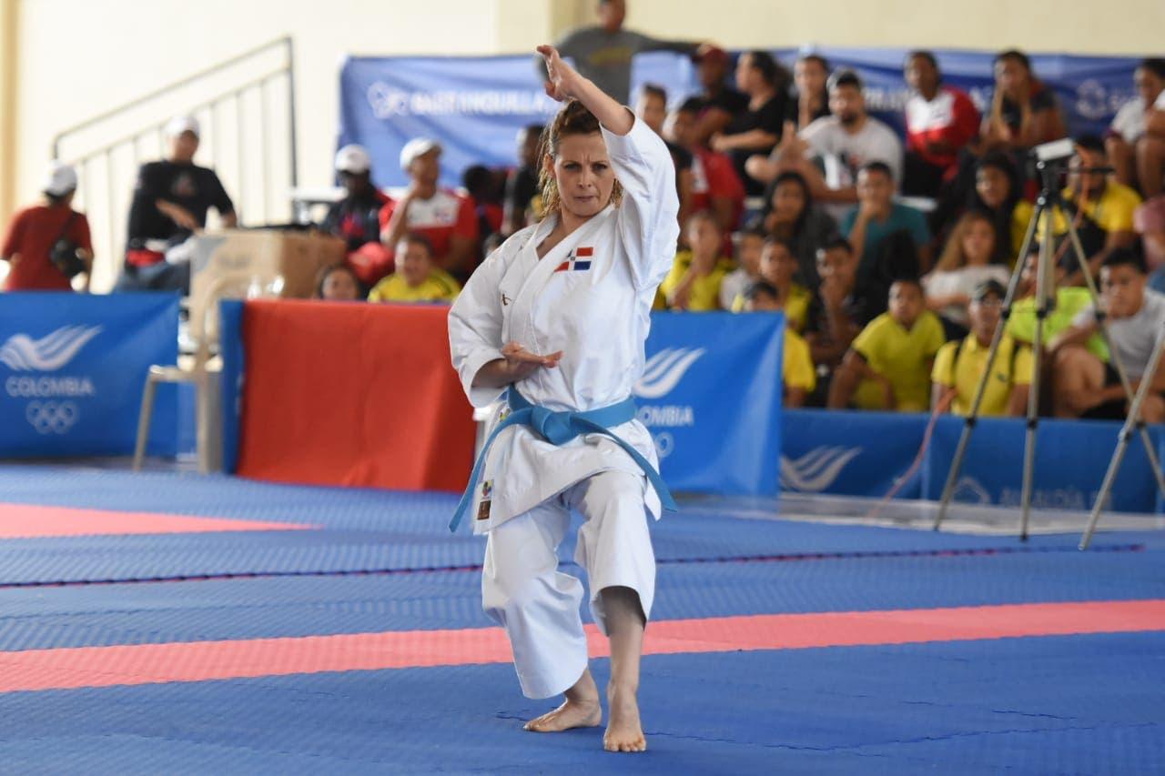 María Dimitrova gana oro en kata en los Juegos Centroamericanos y del Caribe