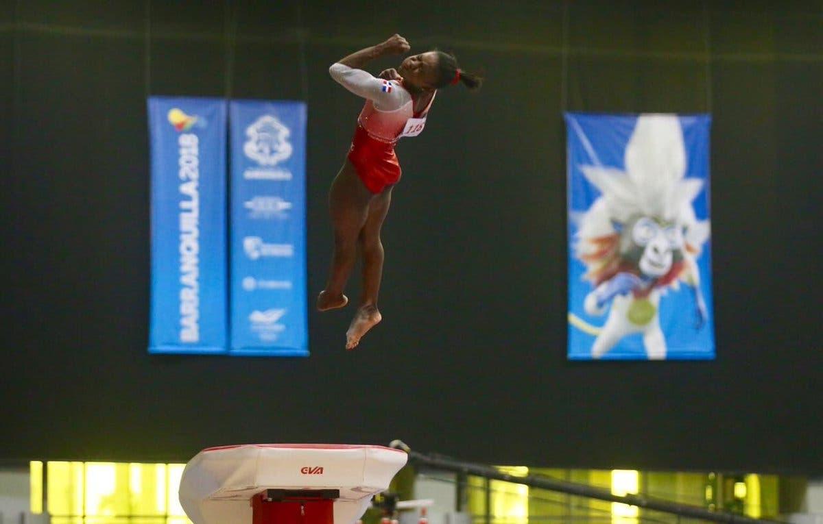 13. Yamilet Peña logra la primera medalla de oro en la historia para el país en unos Juegos Centroamericanos y del Caribe, en la disciplina de gimnasia.