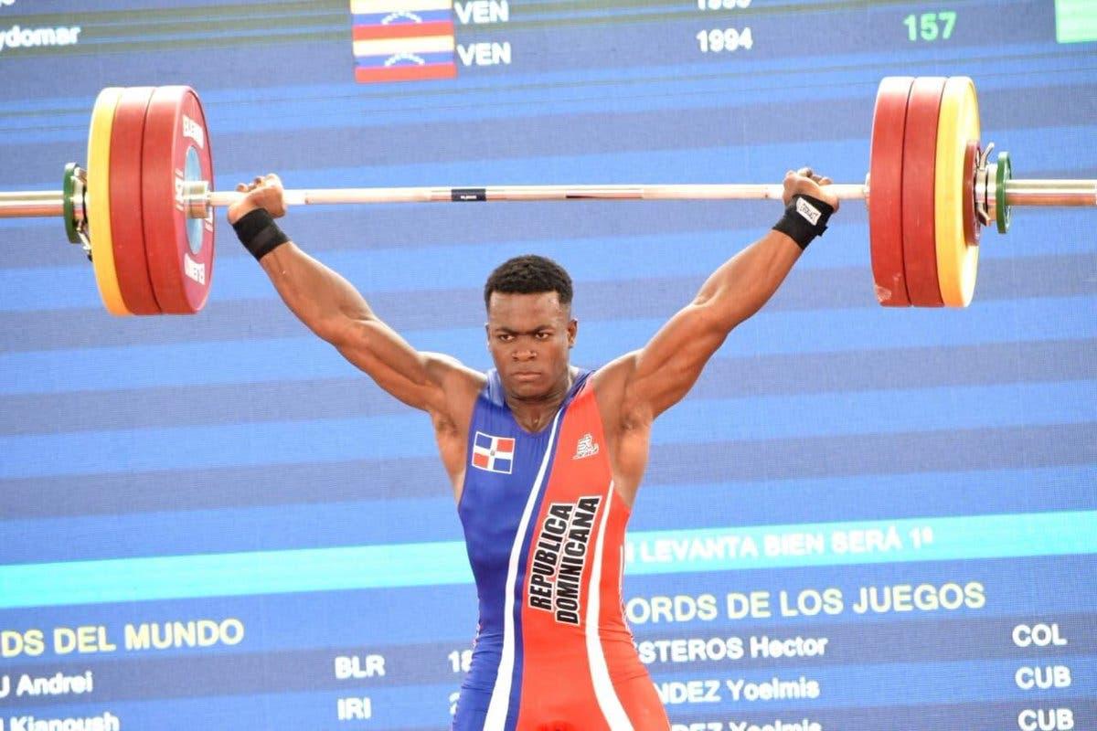 19.  Zacarías Bonnat logra medalla de oro en levantamiento de pesas de los 85 kg en estos XXIII Juegos Centroamericanos y del Caribe
