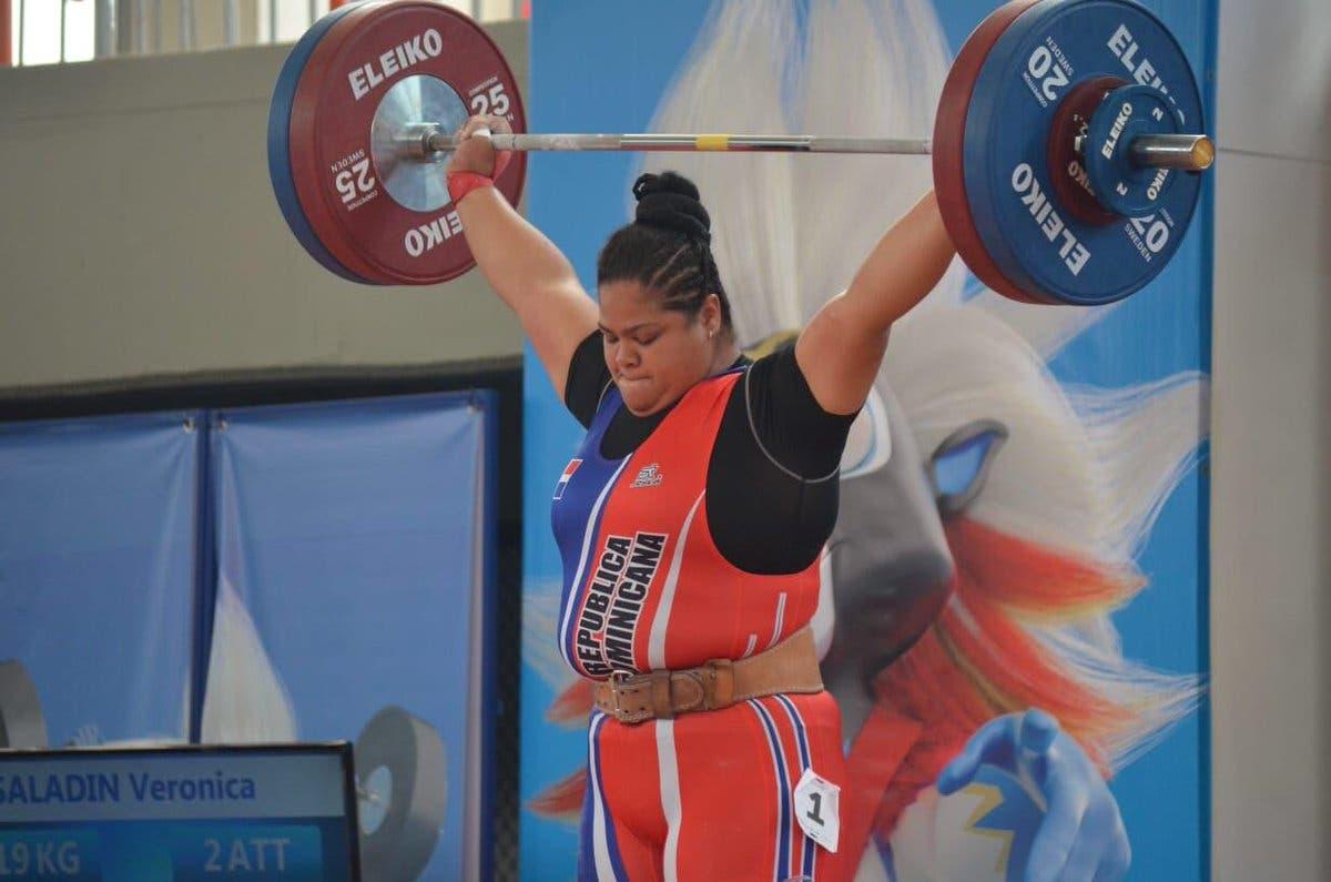 10. Verónica Saladin obtiene medalla de oro en la disciplina de levantamiento de pesas, modalidad envión 90 kg, en los XXIII Juegos Centroamericanos y del Caribe.