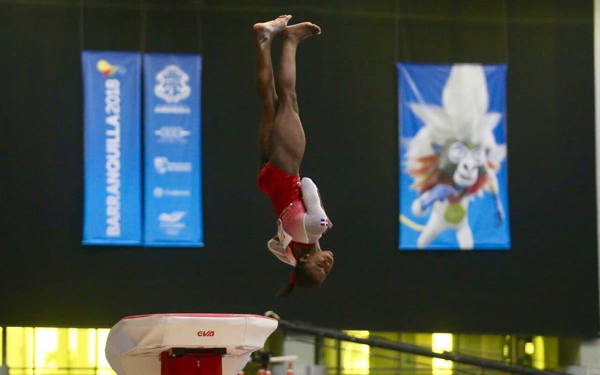 12. Yamilet Peña obtiene medalla de oro en la disciplina de gimnasia, en la modalidad de salto, en estos XXIII Juegos Centroamericanos y del Caribe