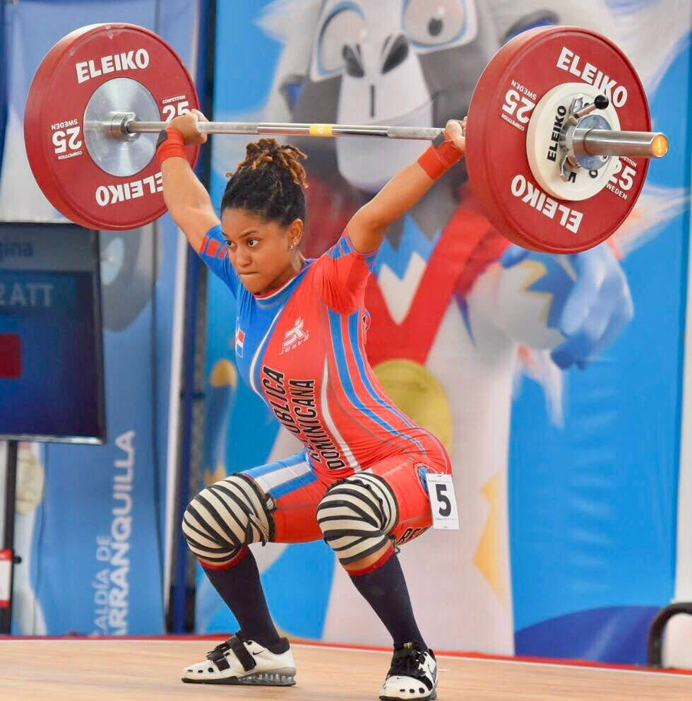 Dominicanas Georgina Silvestre y Santa Cotes ganan plata y bronce en los 48 kg arranque en Barranquilla