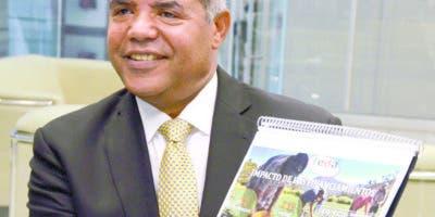 José Casimiro Ramos, director del Feda,   agrónomo egresado del Instituto Superior de Agricultura .  JOSE DE  LEON.
