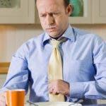La acidez estomacal es un problema muy frecuente, pero ¿cuán efectivos son los remedios de venta libre que compramos para aliviarlo?
