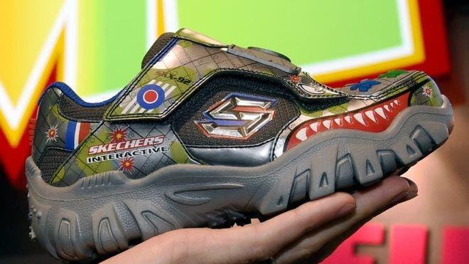 Cuál es el secreto de la empresa de zapatillas Skechers, cuyo valor se disparó más que el de Adidas y Nike