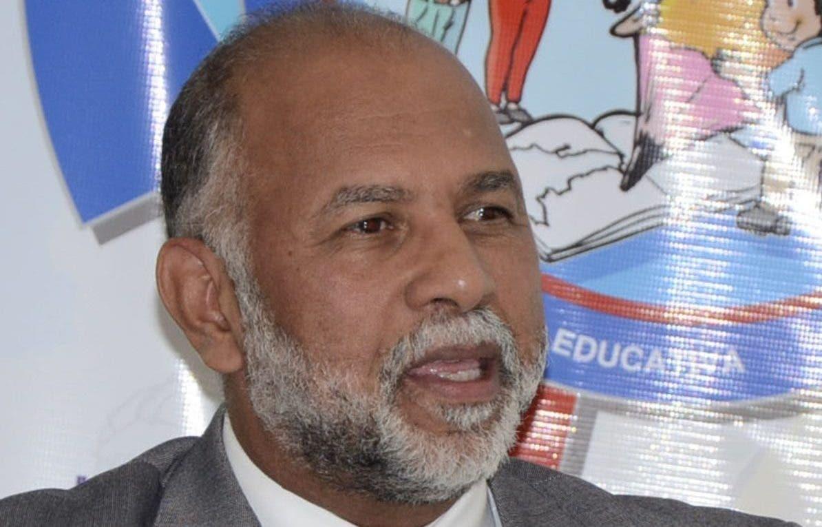 Eduardo Hidalgo sigue con amplia ventaja en votación  ADP