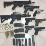 Arsenal que se encontraba en poder del grupo al servicio del narcotráfico. fuente externa.