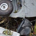 Restos del avión siniestrado mientras patrullaba.