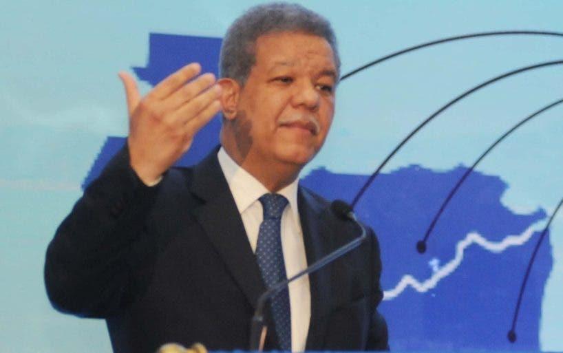 Fernández aboga por mayor integración.  Nicolás Monegro