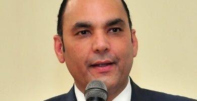 Enriquez Paniagua, director general de Aduana.. Ana .M