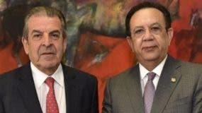 Eduardo Frei y Héctor Valdez Albizu hablaron de  economía.