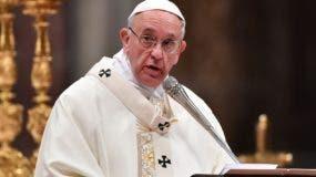 El papa Francisco se comprometió a combatir los abusos.