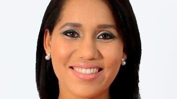 Lorenny Solano produce varios programas