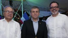 Julio Bustamante, Romilo Gutiérrez Pino y Luis Rodríguez.