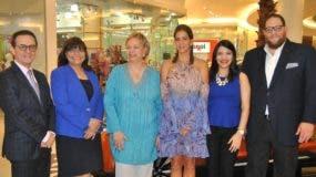 Carlos Salcedo, Eva Carvajal, Olga García, Mercedes Pellerano, Laura Ruiz y Manuel Angomás.