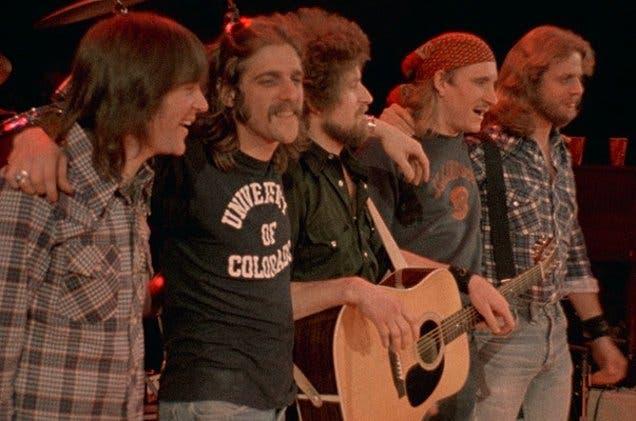 Los Eagles, creada en Los Ángeles a principios de los 70, supo mezclar con maestría el rock 'n' roll con la música country.