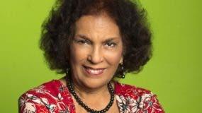 La veterana actriz Niurka Mota tiene cuatro décadas en el teatro dominicano.  fuente externa