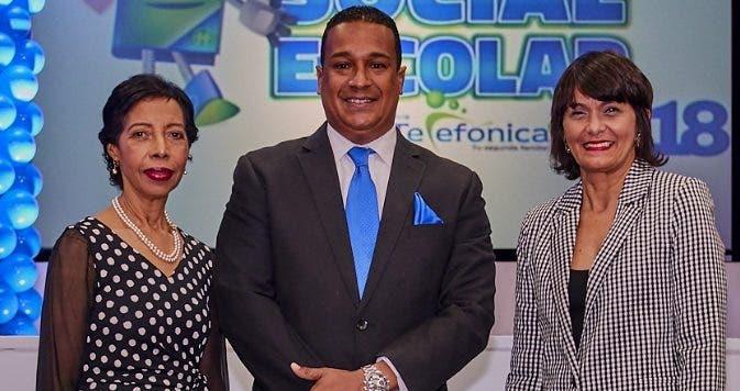 Noris Cruz, Ricardo Reyes e Ivelisse Cruz.