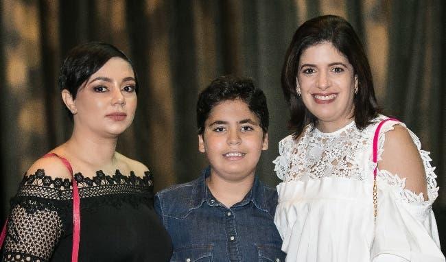Gina Almonte, Emiliano Bencosme y Claudia Castaños.