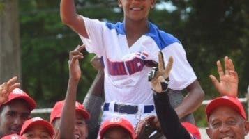 Los dominicanos celebran un triunfo.