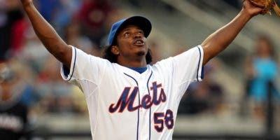 El  lanzador  dominicano Jenrry Mejía, de los Mets, retornó ayer al béisbol organizado.  ap