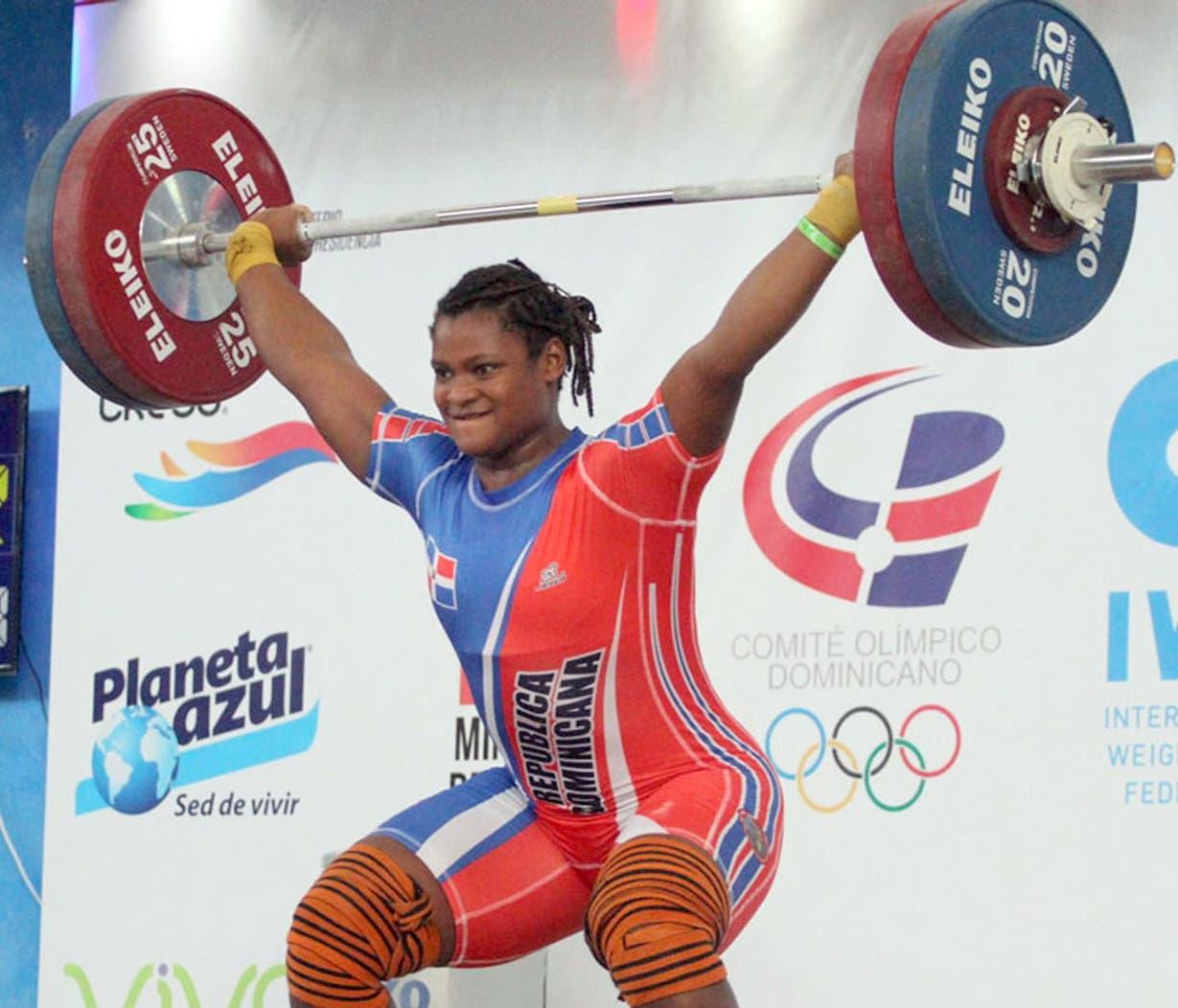 Crismery Santana ejecuta durante un pasado evento Panamericano en el país.  ARCHIVO