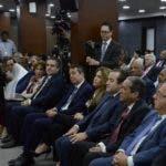 Julio César Castaños Guzmán  en una reunión con partidos en julio pasado. Elieser Tapia
