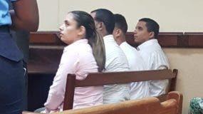 Cuatro de los imputados  en el expediente acusatorio contra la red cuando se vieron por primera vez frente a un juez, cuya audiencia fue aplazada para hoy. fuente externa.