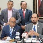 Los miembros de la comisón especial que estudia la ley redactarán hoy el informe final.   Degnis de león.