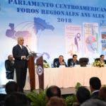 Canciller Miguel Vargas pronuncia discurso de apertura en Foros Regionales del Parlacen.