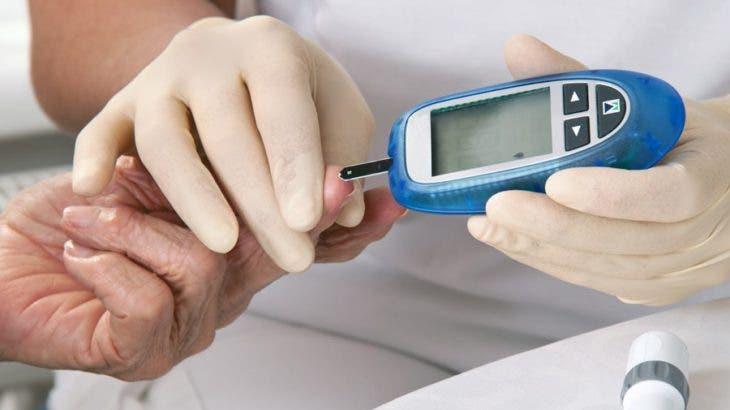 De los adultos que reportaron un diagnóstico médico previo de diabetes, se encontró que el uso de insulina como tratamiento aumentó de 6,5 % en 2012 a 11,1 % en 2016.
